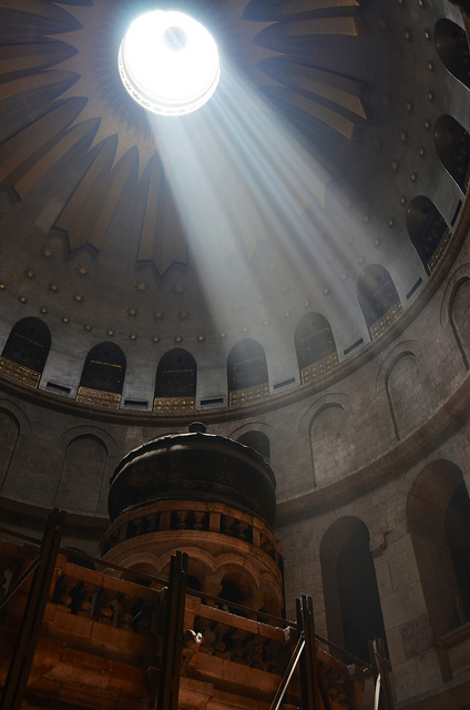 light in church of the holy sepulchre