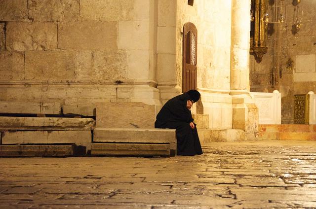 pilgrim meditates